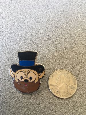 Disney Parks Mickey Mystery Pin - Duffy's hat Dream Finder for Sale in Tempe, AZ