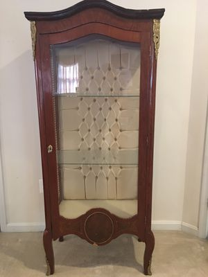 Louis XVI-Style Antique French Curio cabinet for Sale in Springfield, VA