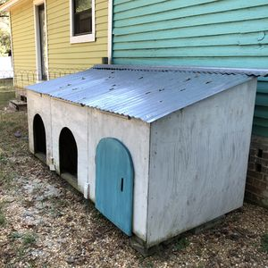 3-Bay Dog House / Small Animal / Playhouse for Sale in Efland, NC