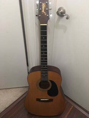 Acoustic guitar for Sale in San Diego, CA