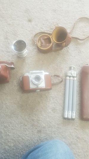Ambi sublette camera and a tripod for Sale in Everett, WA