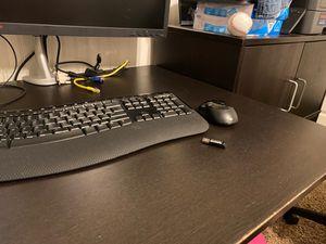 Microsoft Wireless Comfort Desktop 5050 for Sale in Glendale, AZ