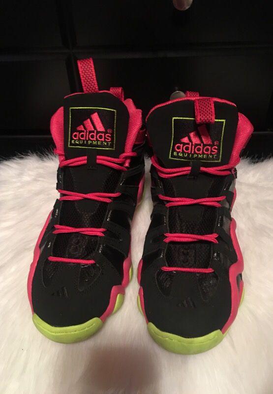 Size 10 men's Adidas crazy 8