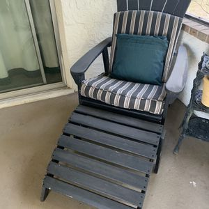 Adirondack - Patio lounge chair for Sale in Orlando, FL