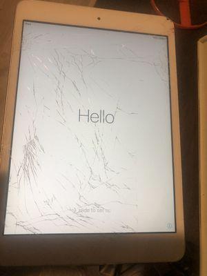 iPad mini 1st gen - 16GB - white for Sale in Boca Raton, FL