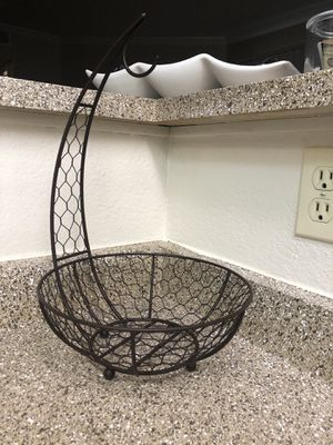 Kitchen fruit basket for Sale in Broomfield, CO