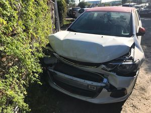 2017 Chevy Chevrolet Sonic accident for Sale in Miami, FL