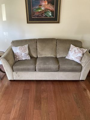 La-z-boy sofa, chair and ottoman for Sale in Elkridge, MD