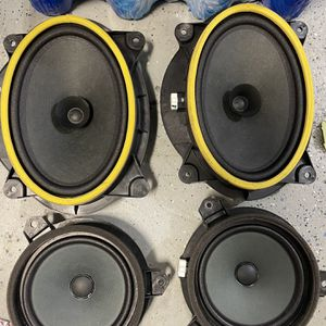 2016 AND UP STOCK TOYOTA TACOMA SPEAKERS for Sale in San Diego, CA