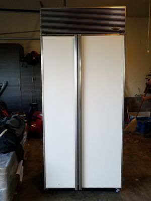 Subzero refrigerator/freezer for Sale in Vienna, VA