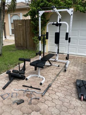 Body Solid gym for Sale in Miami, FL
