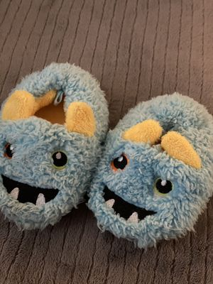 Baby slippers size 4 for Sale in El Cajon, CA