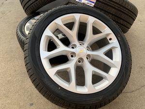 "22"" Chevy Tahoe Wheels Sensors Rims Silverado Suburban Tires 6x5.5 for Sale in Rio Linda, CA"