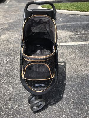 Dog Stroller 🐕 Gen7Pets for Sale in Pembroke Pines, FL