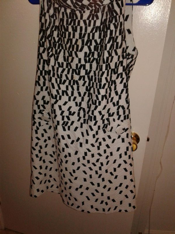 Just Taylor dress black & white sz 14 men nice mothers day gift for lady