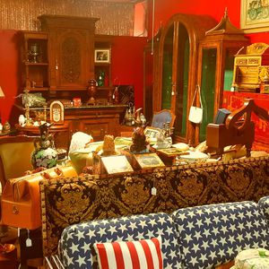 Toys collectable furniture, antiques for Sale in Fresno, CA