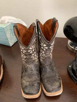 Girls boots size 11-11.5 for Sale in Crosby, TX