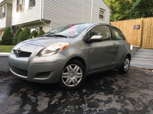 2009 TOYOTA YARIS 5-SPEED 1*OWNER *EMISSIONS DONE* for Sale in East Haven, CT