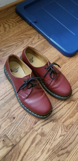 Work shoes/boots/genuine leather, Dr. Martens airware size 9 for Sale in Rockville, MD