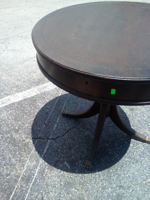 Upcy let vintage drum table for Sale in Holiday, FL