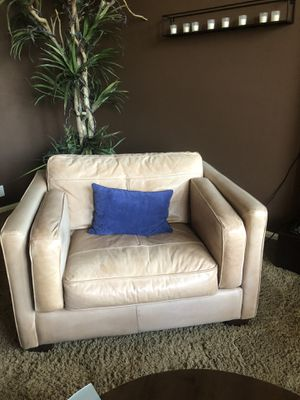 Tan leather chair for Sale in Phoenix, AZ