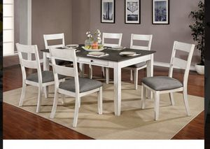 Dining table set 7 pcs $699 for Sale in Victorville, CA