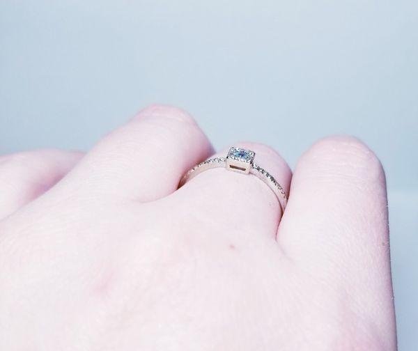 10k white gold aquamarine diamond halo ring size 8 3/4