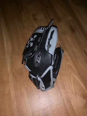 Kids baseball glove (new) for Sale in Columbia, MD