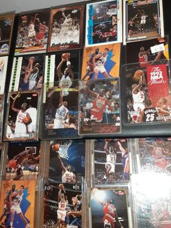 Micheal JORDAN 32 CARD LOT for Sale in Levittown,  PA