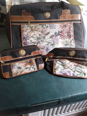 3 piece travel bags. for Sale in Linden, PA