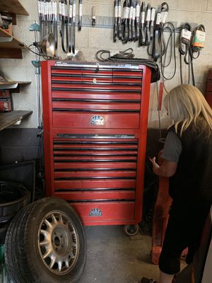 Mac tool box full of Snap-On, Mac etc. $6k THIS IS A MUST SEE come see September 28 from 9-2 for Sale in Seattle, WA