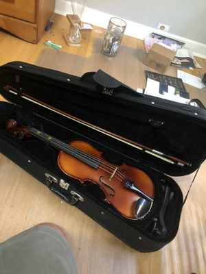 Like new bellafina violin for Sale in Guilford, CT