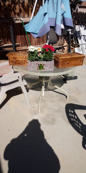 Flower pots for sale 20.00@ 40.00 $ for Sale in Hesperia, CA
