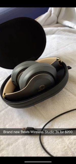 Beats Wireless Studio 3s for Sale in Norfolk, VA