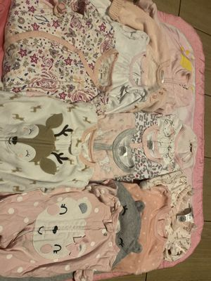 0-3 months baby girl pjs for Sale in San Diego, CA