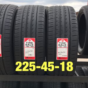 2 used tires 225/45/18 Sailun for Sale in Houston, TX