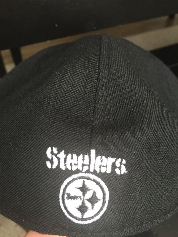 Men's Reebok Pittsburgh Steelers NFL fitted cap/hat black white size 8