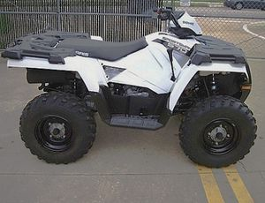Price$800 Firm! 2O14 ρσℓαяιѕ ѕρσятѕмαη edition four wheeler!! for Sale in Long Beach, CA