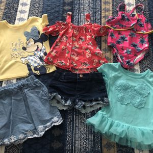 25pcs Girls Clothes 3T for Sale in Miami, FL