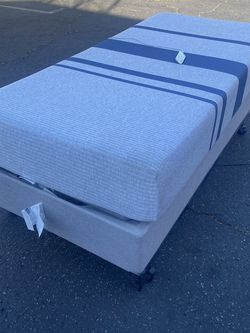 TEMPURPEDIC ELECTRIC MEMORY FOAM TWIN SIZE BED for Sale in Santa Ana,  CA
