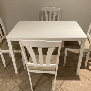 Kitchen Dining Room Table for Sale in San Diego, CA