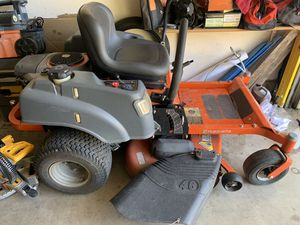 Riding lawn mower for Sale in Round Rock, TX