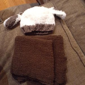 Baby Wrap And Hat for Sale in Brookhaven, PA