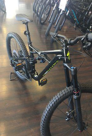 Specialized Enduro Mountain Bike Reg. $3200 for Sale in El Cajon, CA