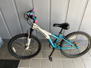 "24"" Diamondback mountain bike for Sale in St. Petersburg, FL"