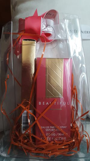 Estee Lauder Beautiful parfum for Sale in Buffalo, NY