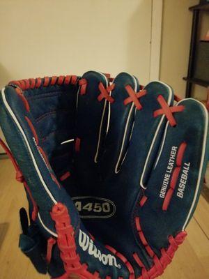 Wilson Baseball Glove for Sale in Castro Valley, CA
