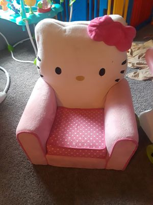 Hello kitty chair for Sale in St. Petersburg, FL