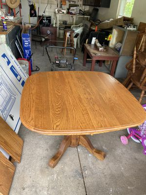 Wood dining table with 4 chairs 2 leaves for Sale in Reynoldsburg, OH
