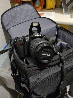 Nikon D3000 DSLR Camera for Sale in Dublin, CA